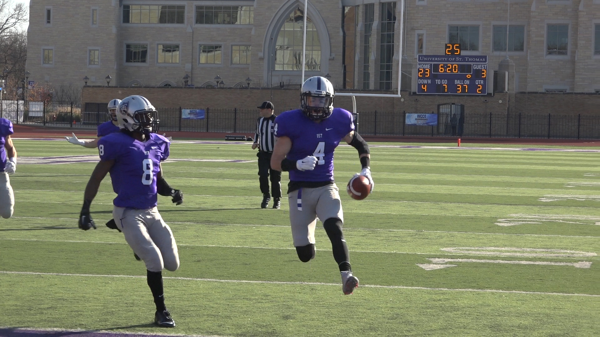 Video: Tommies clinch MIAC in senior day rout
