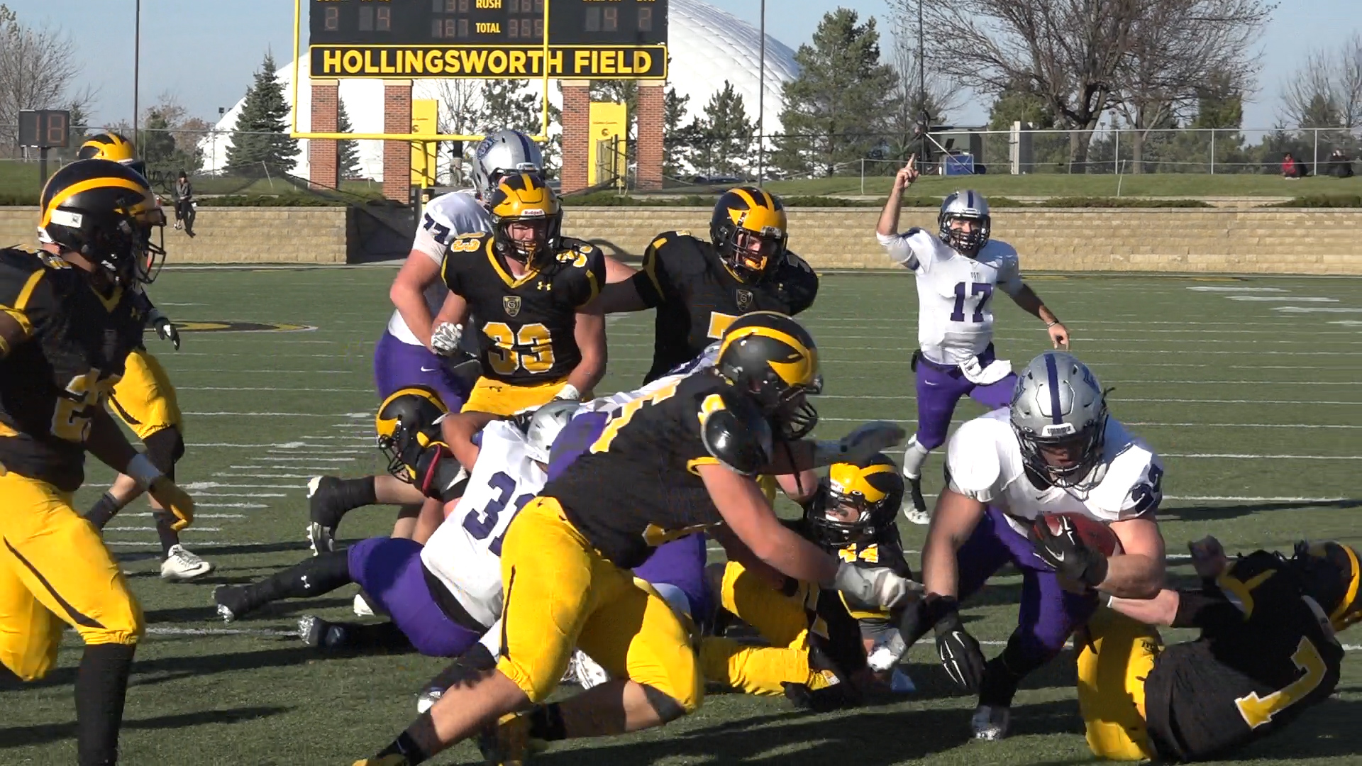 Video: Tommies finish regular season unscathed