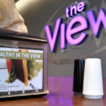 Dining Services advertises two healthy eating tours on napkin holders in The View. The sessions will aim to increase students' awareness of healthy eating options. (Simeon Lancaster/TommieMedia)