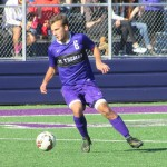 Midfielder Amos Nash prepares to pass the ball.  (Spencer Flaten/TommieMedia).