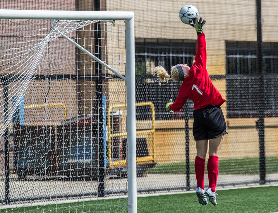 Tommie women shut out by Pacific Lutheran