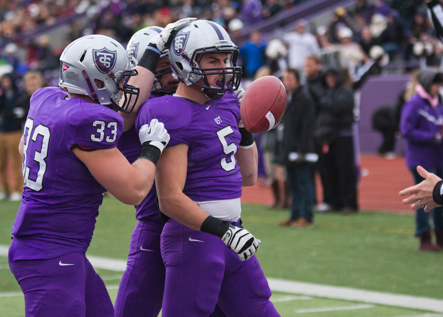 Tommie football ranked No. 11 in national poll
