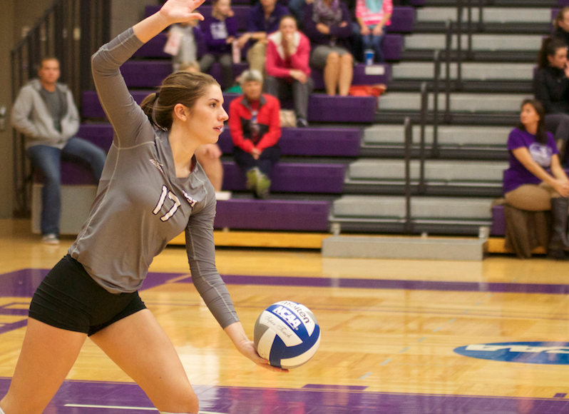 Auggies serve a stinger to Tommies