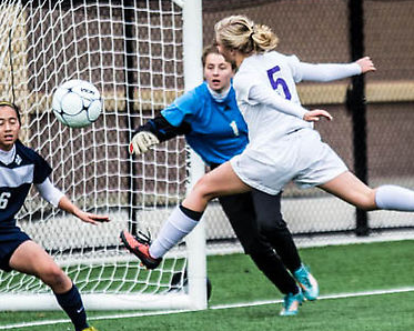 Women's soccer ties, clinches conference playoff bid