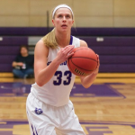 Forward Anna Smith prepares to take a shot. The Tommies defeated Luther College 60-57 Saturday night. (Grace Pastoor/TommieMedia)