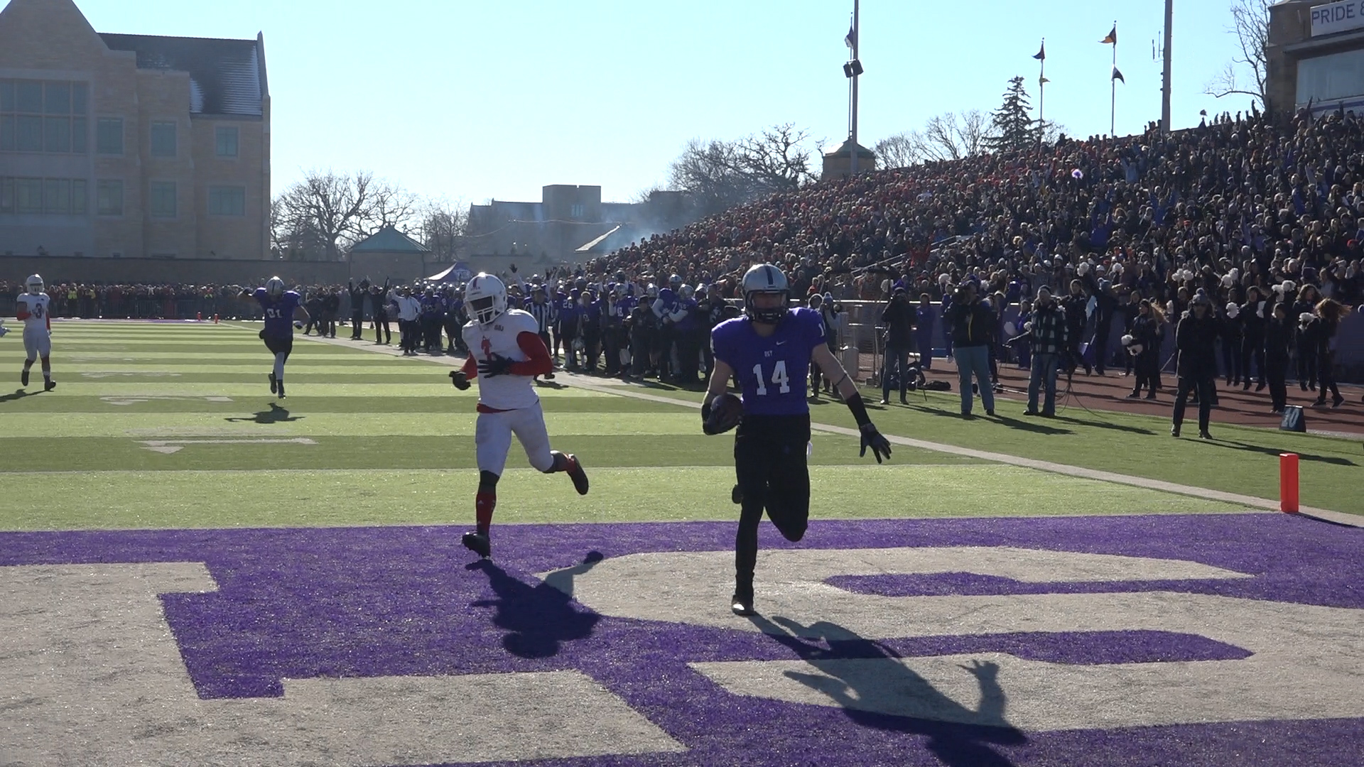 Video: Tommies dispatch Johnnies in historic rematch