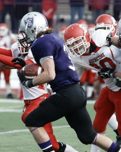 <p>Running Back Colin Tobin had the highlight of the first half with this 91-yard touchdown run. (John Kruger/TommieMedia)</p>