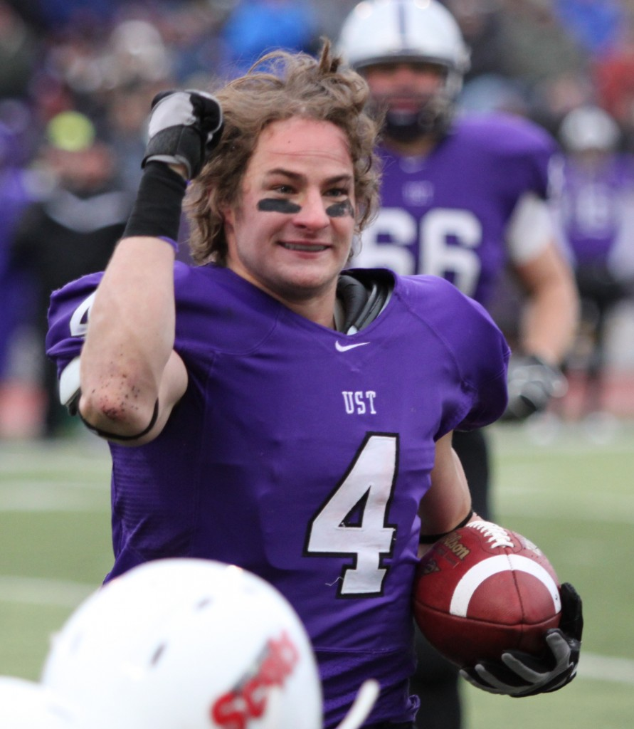 Former wide receiver Fritz Waldvogel reacts to a 15-yard roughing call against St. John's Fisher last season. Waldvogel had 146 receiving yards and two touchdowns in the game. (Alex Keil/TommieMedia)