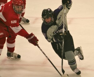 <p>Junior forward Chris Leivermann played in front of a hometown crowd Saturday night. He recorded an assist to junior forward Spencer Brendel, who scored in the first period, giving the Tommies a 2-0 lead. (Olivia Detweiler/TommieMedia)</p>