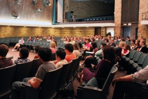 <p>Freshmen gather for the first Connect meeting Monday night in OEC auditorium. (Ariel Kendall/TommieMedia)</p>