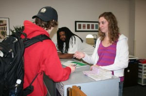<p>Student's lined-up for free ticket vouchers for Saturday's football game. (Shane Delaney/TommieMedia)</p>