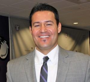 Hamline University head coach Jose Verdugo. (Theresa Malloy/TommieMedia)