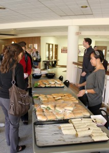 <p>STAR handed out subs and tortilla wraps in the Murray-Herrick center. (Kristi Battarbee/TommieMedia)</p>