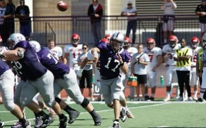 <p>The Tommies offense, led by quarterback Dakota Tracy, was a force on Saturday scoring 27 points. (John Kruger/TommieMedia)</p>