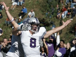 <p>Senior Ben Wartman scored three touchdowns in help St Thomas beat St. Johns in overtime. (John Kruger/TommieMedia)</p>