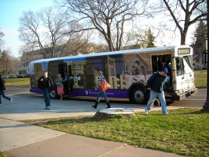 <p>A third shuttle bus has been added to the rotation but it's the poor timing of classes and bus times that has been hard on professors and students. (Rebekah Frank/TommieMedia)</p>