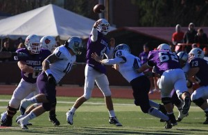 <p>St. Thomas lost to Linfield 31-20 in the playoffs last year. (Marc Lane/TommieMedia)</p>
